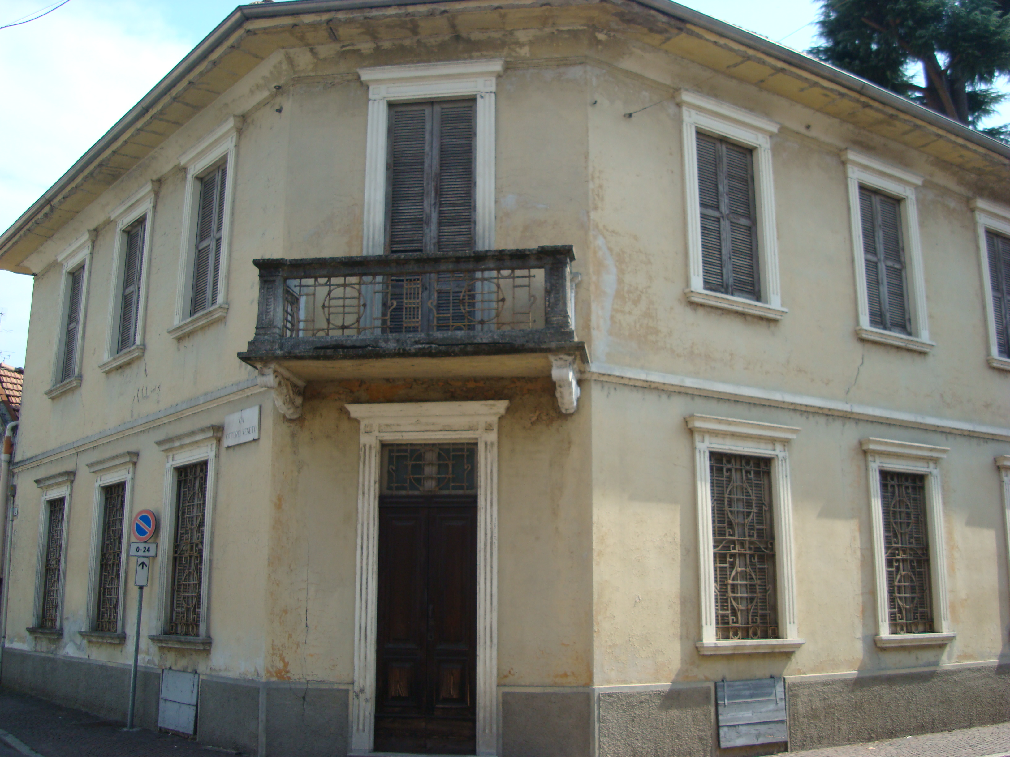 Casa Carnevali