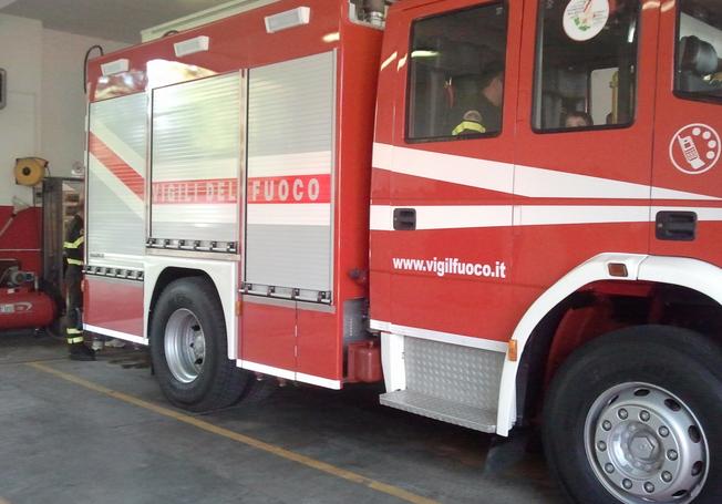 autopompa-vigili-fuoco-inveruno