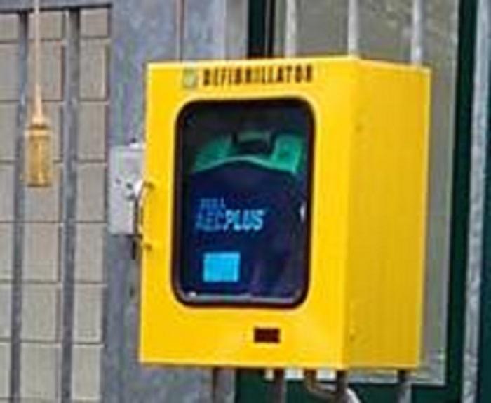 inaugurazione-defibrillatore-3