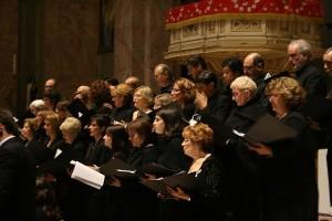 il Coro Civico Città di Magenta in Basilica nel 2015