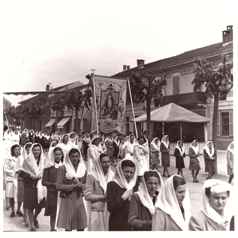 2.1a - processione