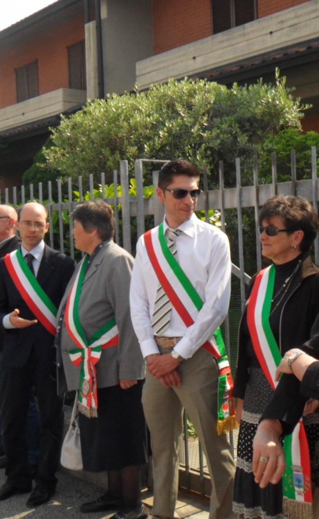 Copia-di-Sindaci-del-Castanese-maggio-2012