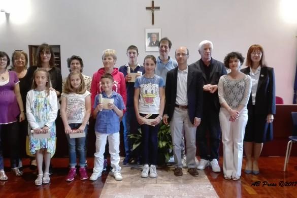 foto di gruppo finalisti, giuria, sindaco Flavio Polloni