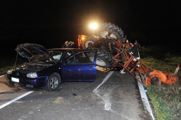 Vittuone - Incidente auto e trattore