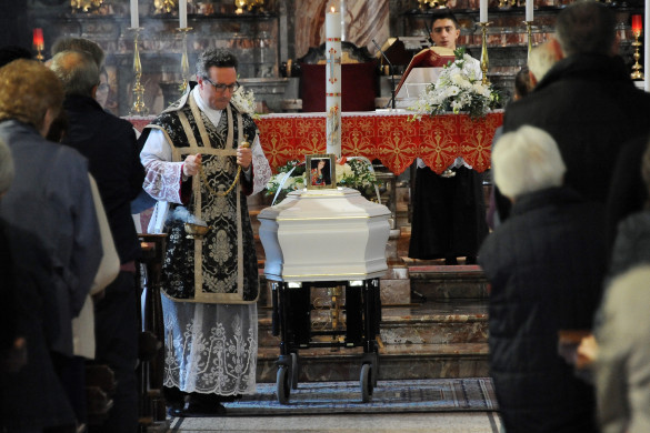 Santo Stefano - Funerale Monica Sala