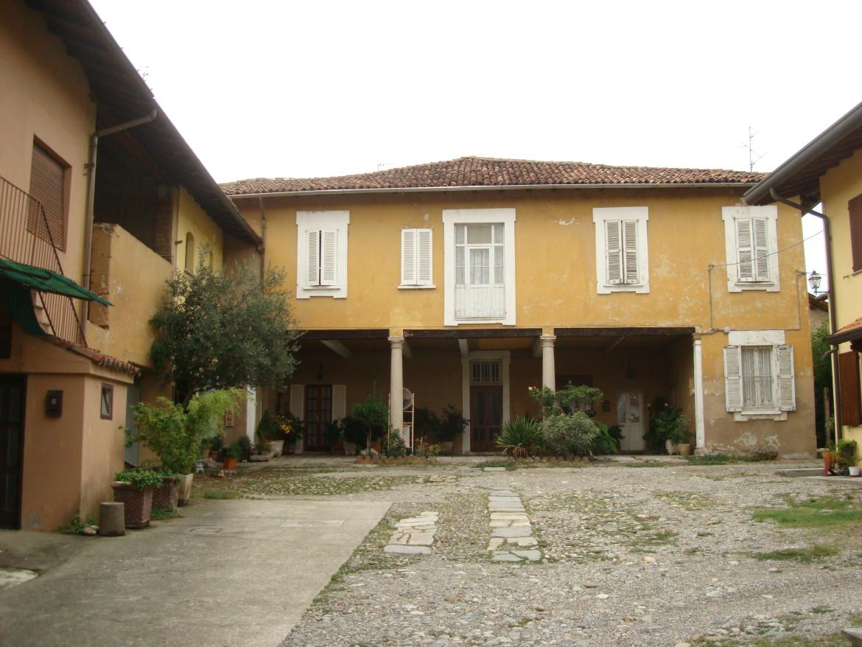 Palazzo (al)