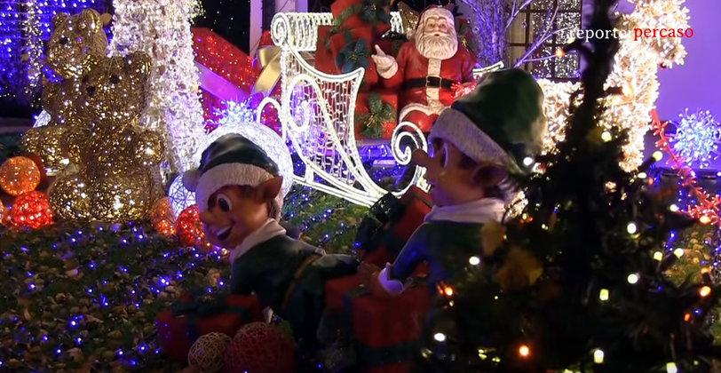 Visitare La Casa Di Babbo Natale.Reporterpercaso Ci Porta A Visitare La Casa Milanese Di