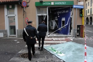 Sedriano - Rapina bancomat